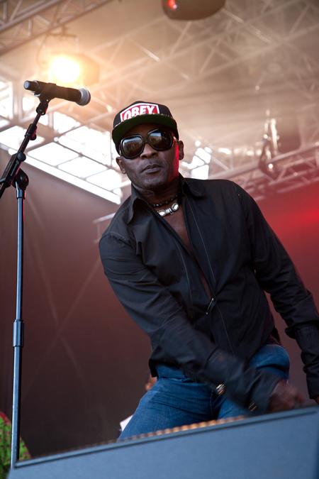Africa Oyé 2014 – Mose 'Fan Fan'