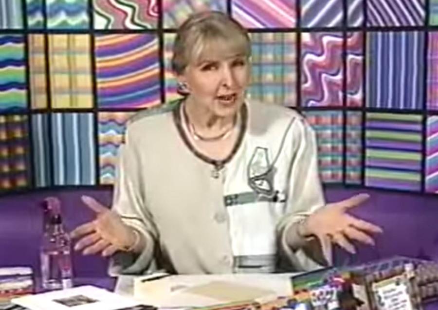 Dee Gruenig and The Magical Rainbow Sponge