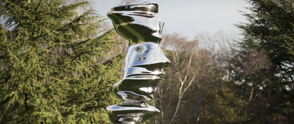 Tony Cragg - Elliptical Column (2012, stainless steel, 580x154x136cm), courtesy the artist. Photo: Jonty Wilde
