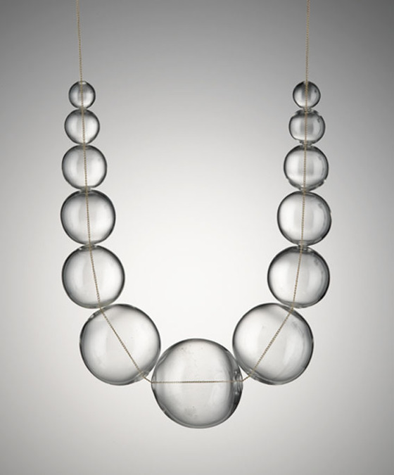 Wendy Ramshaw, Air necklace