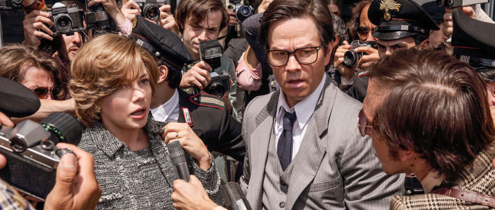 Michelle Williams and Mark Wahlberg in All the Money in the World