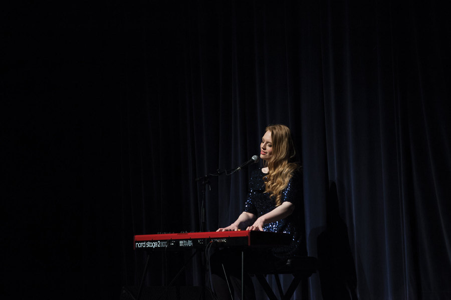 Freya Ridings supporting Ray Lamontagne live at The SEC Armadillo