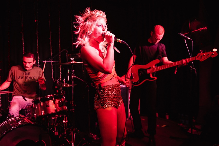 Amyl & the Sniffers live at The Great Escape, Brighton