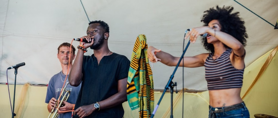Kobi Onyame live at Kelburn Garden Party 2018