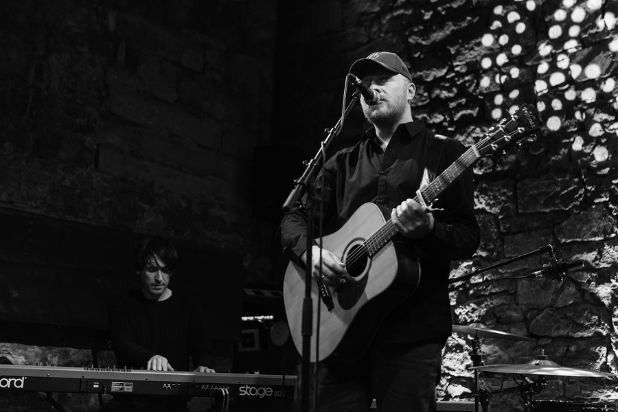 Malcolm Middleton live at The Caves, Edinburgh