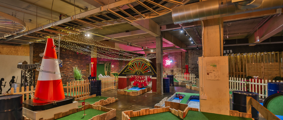 Fore Play Crazy Golf