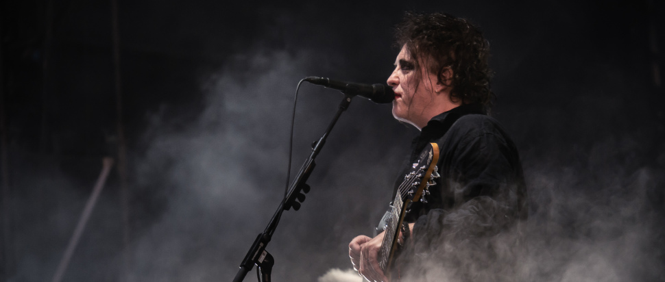 The Cure live at Bellahouston Park, Glasgow, 16 Aug