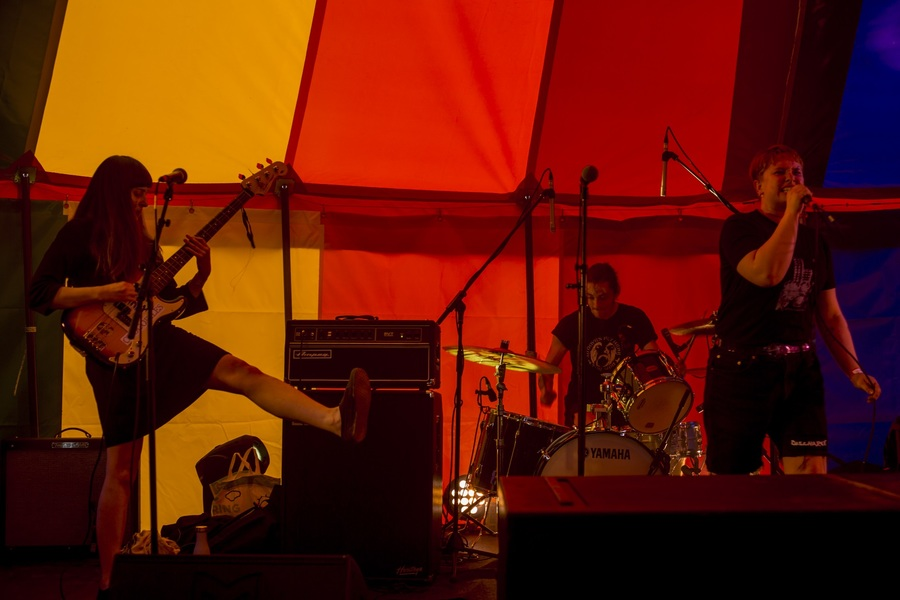 Overwhelmed live at Jupiter Rising, Jupiter Artland, 23 Aug