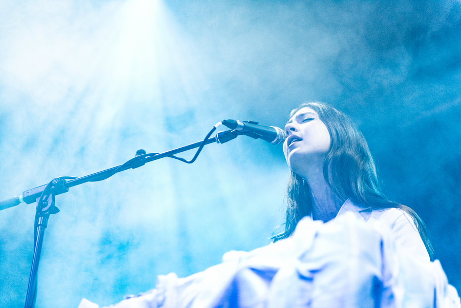 Weyes Blood live at The Art School, Glasgow, 28 Oct