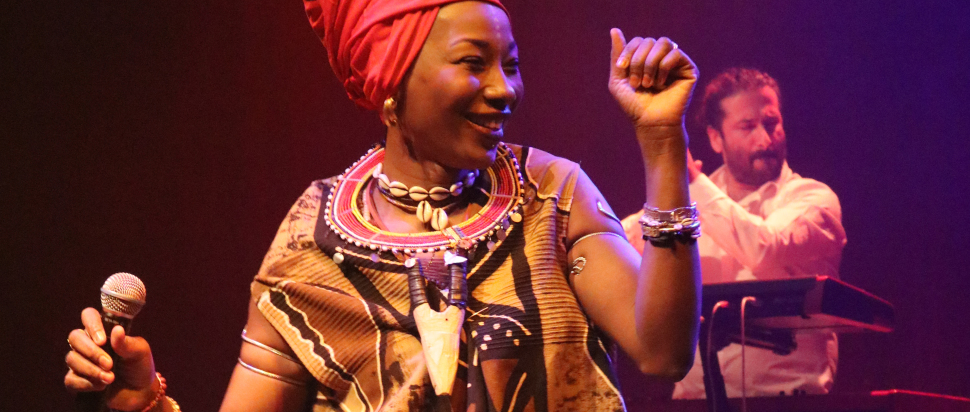 Fatoumata Diawara live at Tramway, Glasgow, 31 Jan