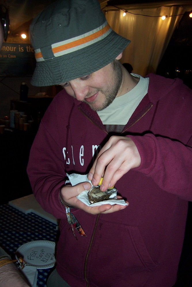 Broon, before sampling an Oyster, Connect 2007