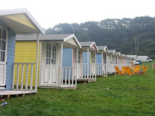 Boutique Camping: beach huts
