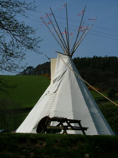 Boutique Camping: large tipi